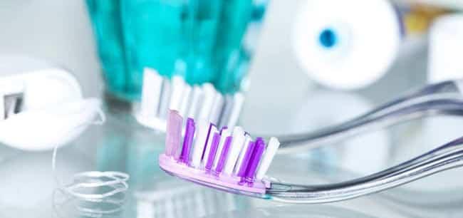 Избелване на зъби - избелващи пасти